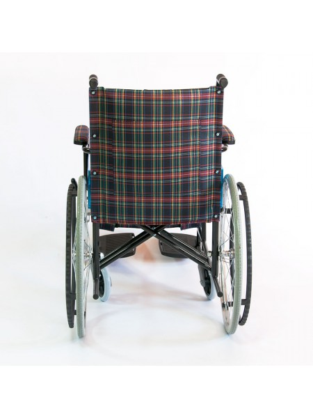 Инвалидная коляска стальная FS 809 B